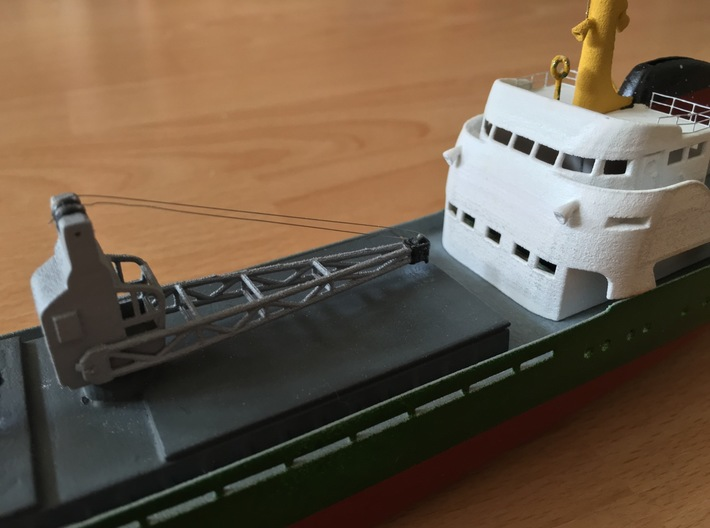 Coaster 840, Superstructure & Hatches (1:200, RC) 3d printed detail of total coaster model (assembled, painted)