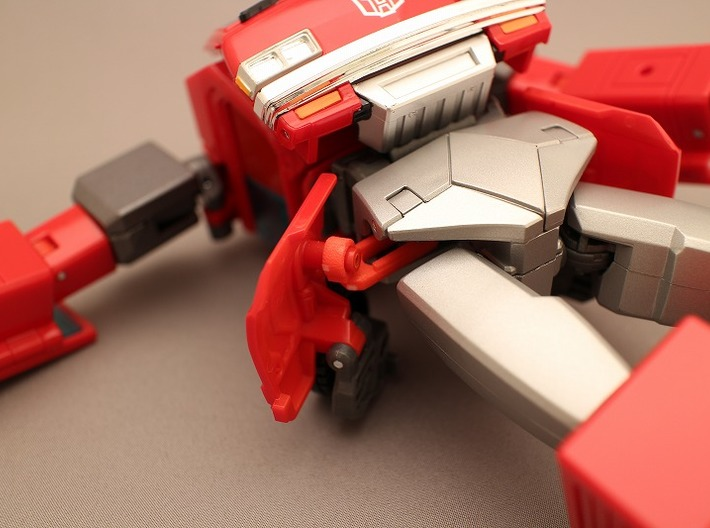 MP Ironhide Ratchet waist armor movable joint 3d printed