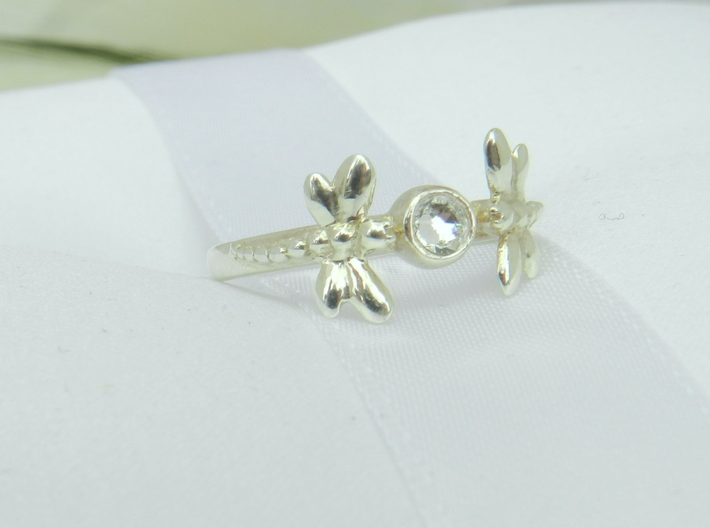 Dragonfly Ring 3d printed