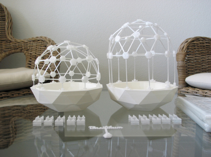 MGD-02 (6x): A Set with 6 Penta-parts 3d printed Flexible Mini Greenhouse-Dome with Pot (Sets short and long + sign). Own 3D-prints with PLA.
