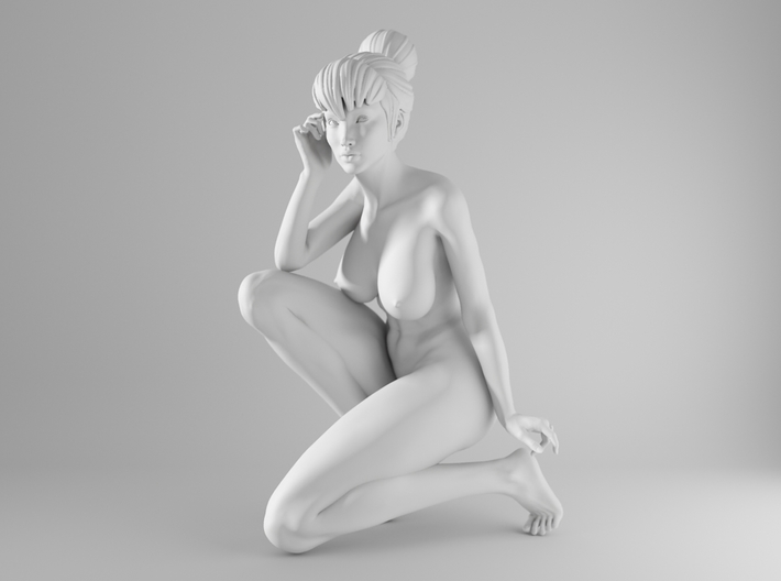 1/10 Sexy Girl Sitting 002 3d printed