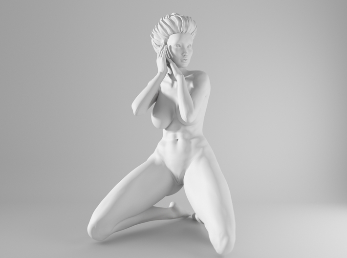 1/10 Sexy Girl Sitting 016 3d printed