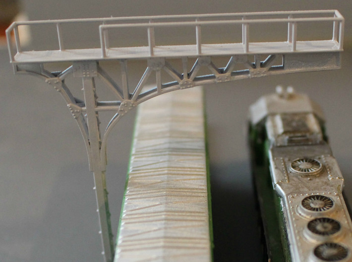 N Scale 2x ATSF Style Cantilever 3d printed Detail shot of the rivets and plates