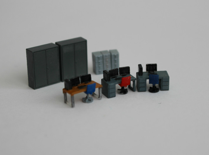 N Scale Office Furniture 3d printed Model painted in various color schemes