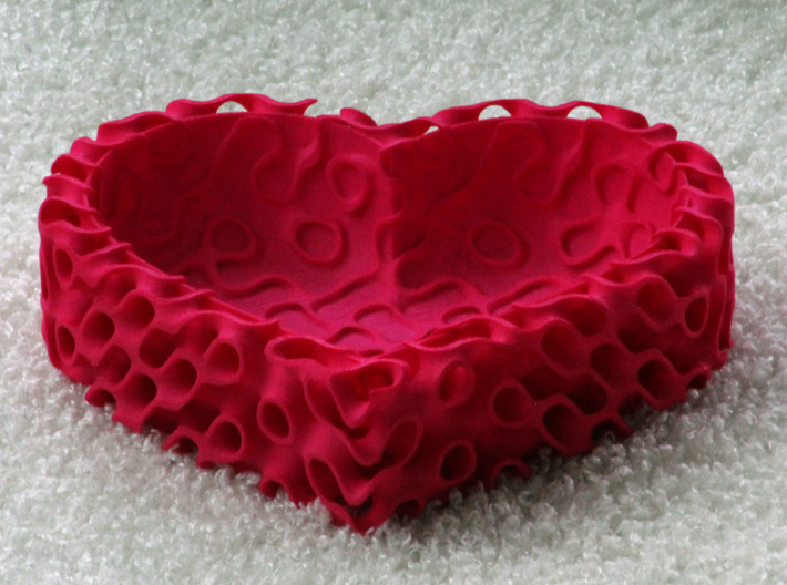 Gyroid Bowl Heart 3d printed