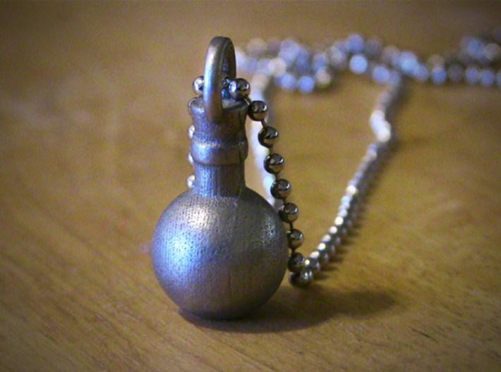Potion Pendant/Keychain 3d printed Nickel Steel
