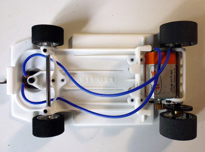 Slot car chassis for 911 GT1 1/28 3d printed