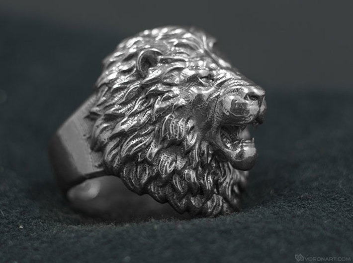 Aggressive Lion Ring 3d printed silver