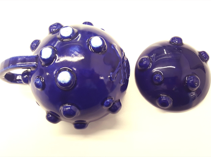 KOFFEE 3d printed Underside showing the four 'feet' - Cobalt Blue