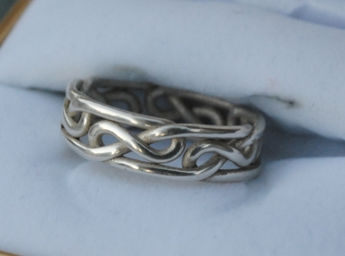 Celtic Infinity Knot Ring 3d printed