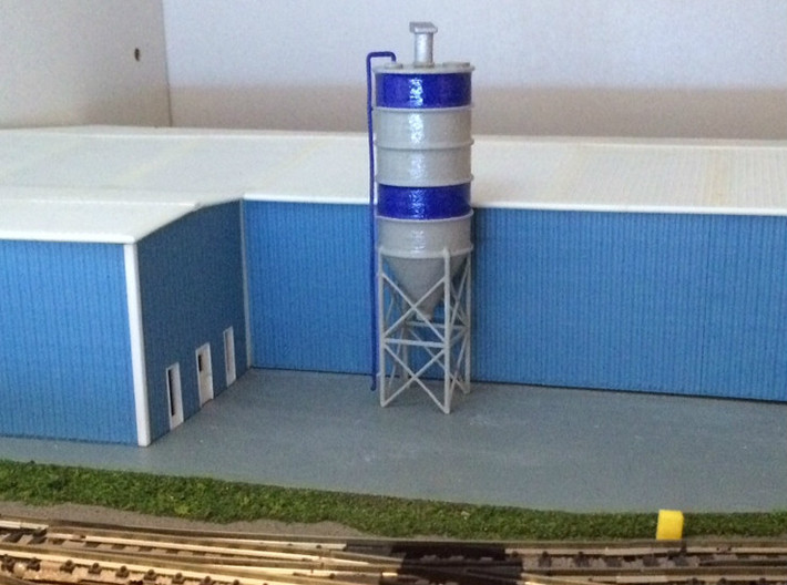 N Scale Cement Silo FUD 3d printed Silo in White Strong&Flexible, railings removed