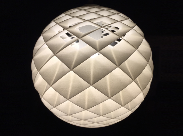 """HeliosHelix Lampshade 3d printed """"Live"""""""