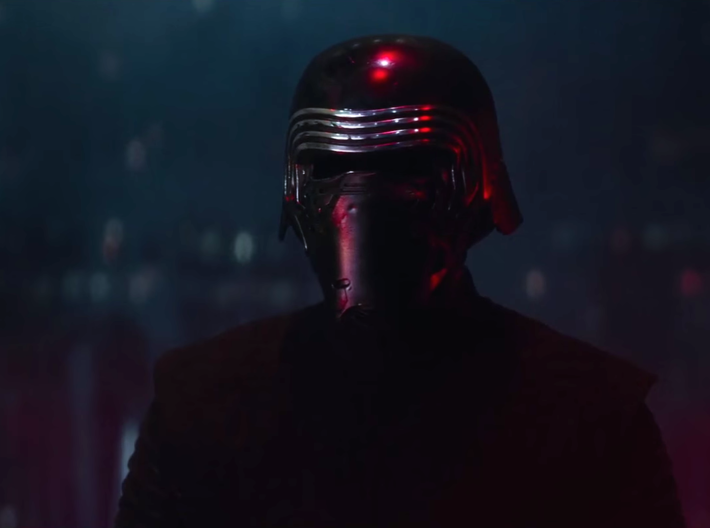 Kylo Ren Helmet (damaged) 3d printed