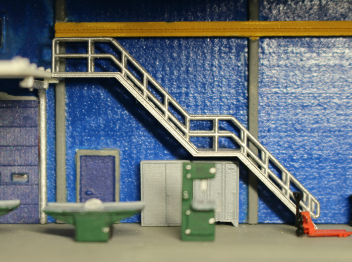 N Scale Stairs H=30.8mm 3d printed Stairs inside the workshop
