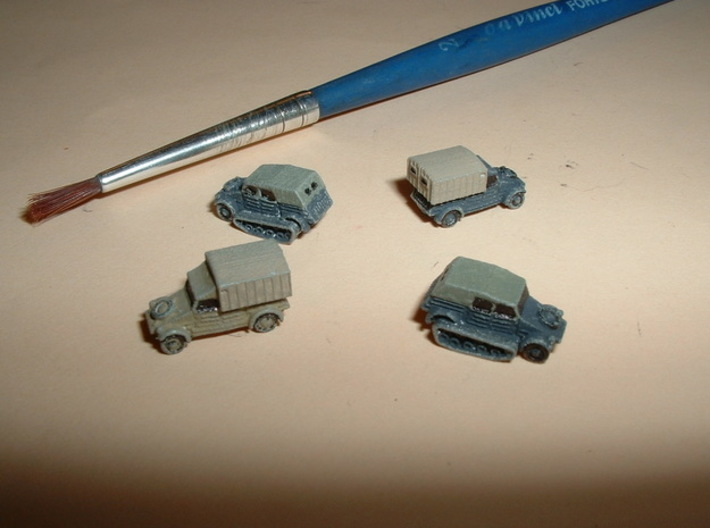 German VW Kübelwagen Variants 1/144 3d printed 1/285 Models