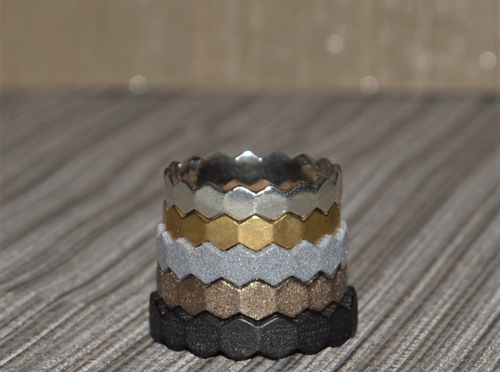 Hex Ringsaround Size 6-10 3d printed All sizes from 10 bottom to 6 on top