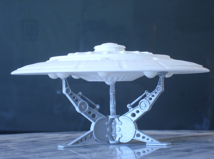"""5"""" diameter Tarriene 8 Sphere Star Ship Kit-Twist 3d printed A 1/2500 Scale Model-Stand Not included"""