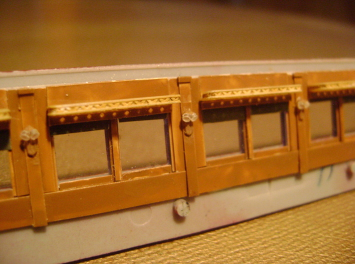 HO Pullman Parlor Car Lamps Kit 3d printed HO lamps printed with FED plastic, painted and installed inside a Pullman car wall.