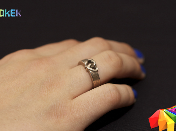 Entangled Love Sz20 3d printed Photo with ring in Stainless Steel