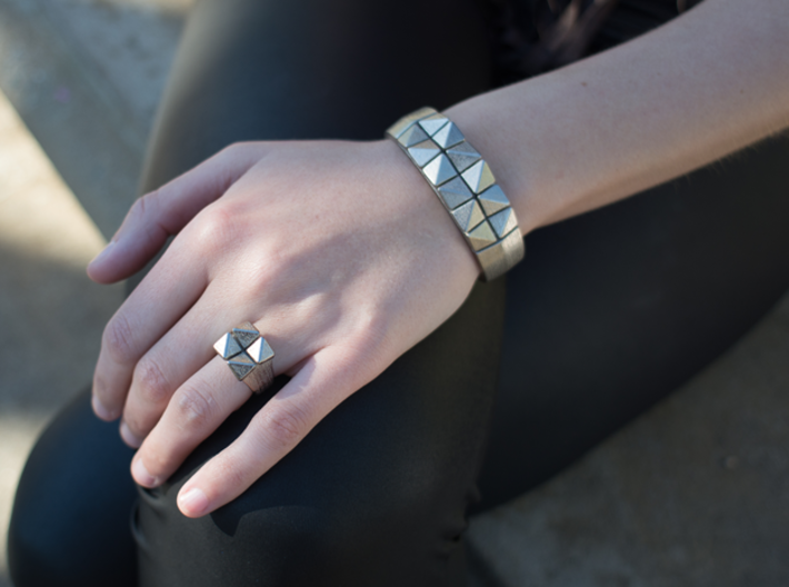 Box Flower Bracelet 3d printed Polished Nickel Steel Box Flower Bracelet & Ring (Photo Credit: John Attis)