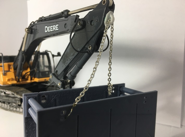 1:50 Stick mounted lift ring for 35+ ton Excavator 3d printed Here is an example of how the lift ring would be mounted.
