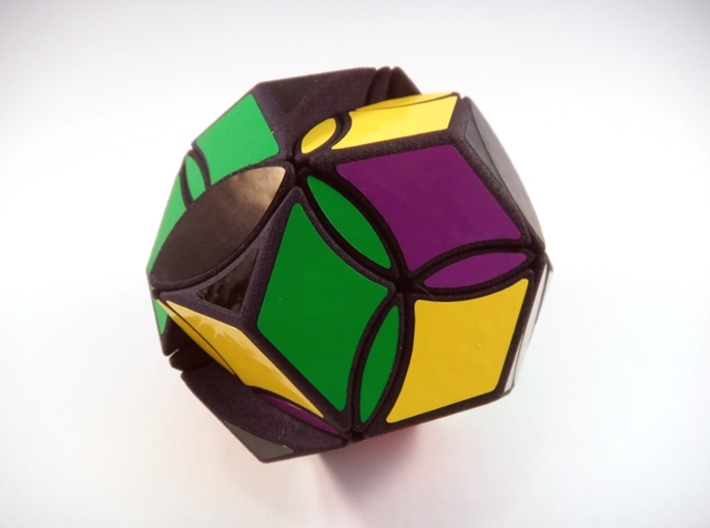 Poison Ivy Octahedron Puzzle 3d printed Two Turns
