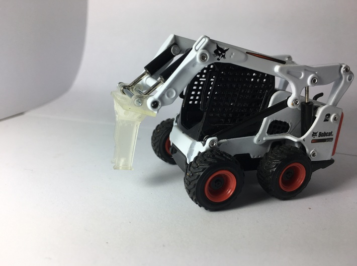 1:50 Hammer for Bobcat E35 and S750 3d printed The hammer on the skid steer mount.