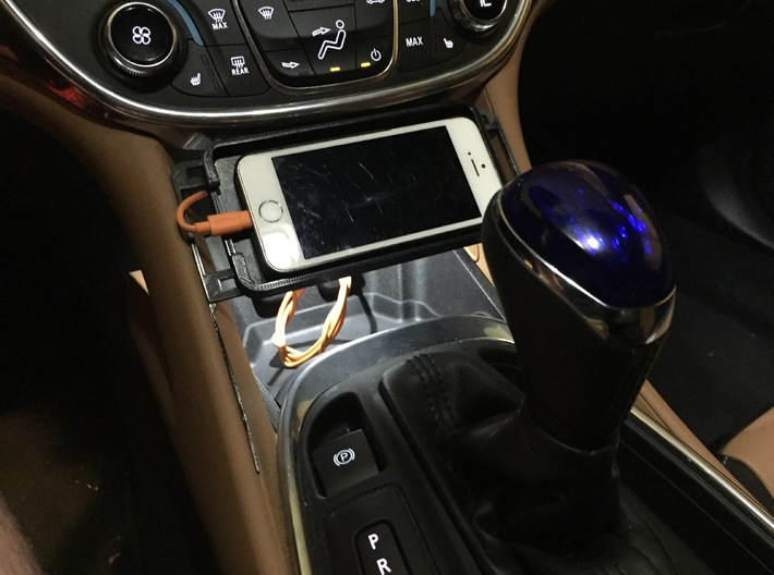 Chevy Volt iPhone 6se/5 holder 3d printed