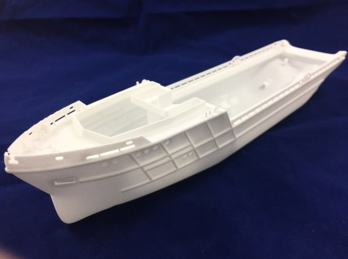 AHTS Granit, Hull (1:200, RC) 3d printed hull - complete view