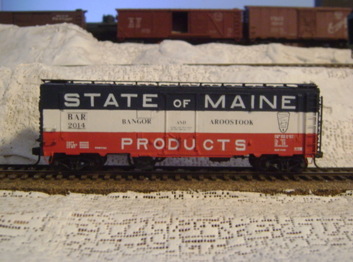 """""""State of Maine""""-style HO Charcoal Heater Kit 3d printed Our charcoal heater added to an old Funaro and Camerlengo HO scale Bangor and Aroostook boxcar!"""