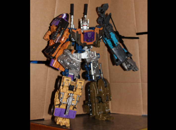 CW/UW Bruticus/Baldigus Cannon Extensions 3d printed Bruticus figure with cannon extensions on back cannons