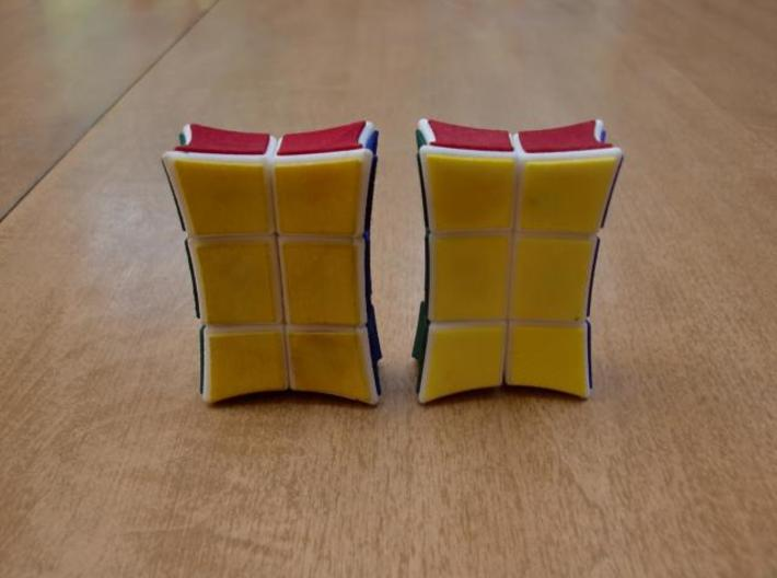 Inverted 1x2x3 V2 3d printed V1 on left, V2 on right.
