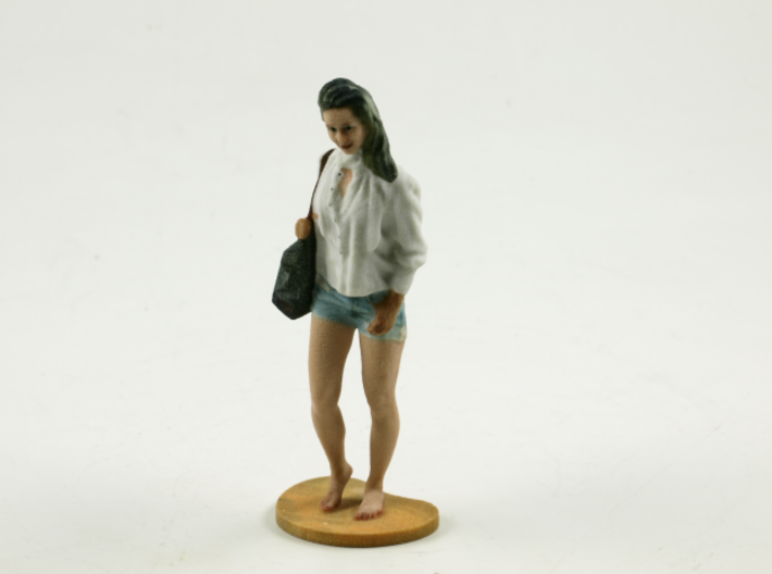 Shopping lady 3d printed
