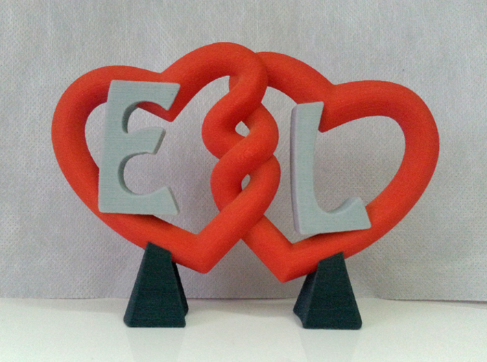 Embrace of Hearts 3d printed The object similar to the one for sale that I gave to my girlfriend.