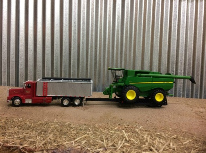Pintle Hitch Single Combine Trailer 3d printed