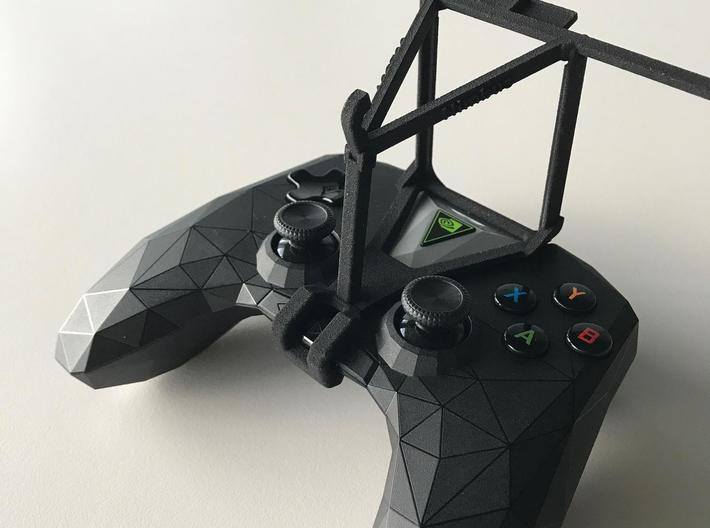 NVIDIA SHIELD 2017 controller & BLU Studio C 8+8 - 3d printed SHIELD 2017 - Over the top - barebones