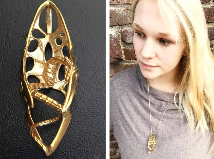 LUX DRACONIS pendant 004 3d printed LUX DRACONIS dragon pendant 004 - 3D printed in brass