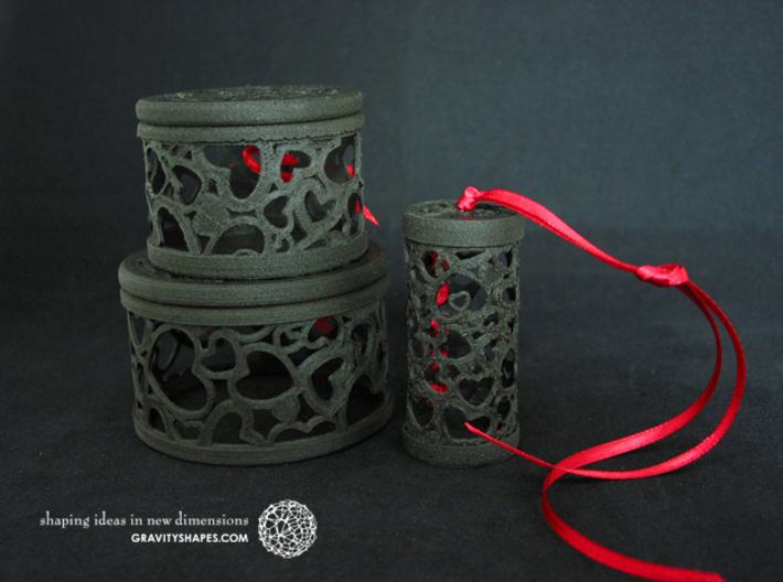 Filigree Gift roll small with Hearts (6 cm) 3d printed Own prints (FDM print) from very similar roll and boxes made of black wood incl. decorative lacing.