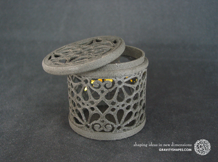 Gift Box No. 116 with Mosaic-3 (filigree, high) 3d printed The photo shows an own print (FDM print) made of black wood incl. decorative lacing.