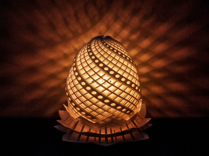 Phoenix Egg Lamp 3d printed