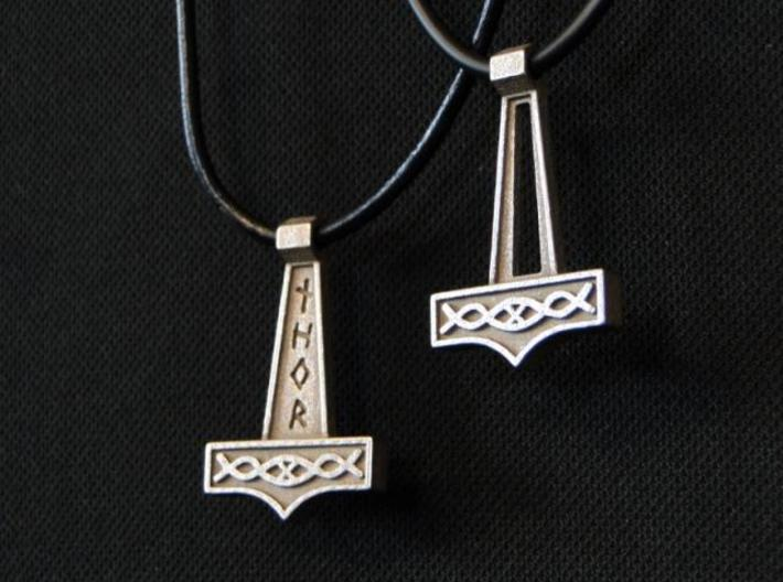 Pendant Thor V1 3d printed Together with Thor V2 (not included)