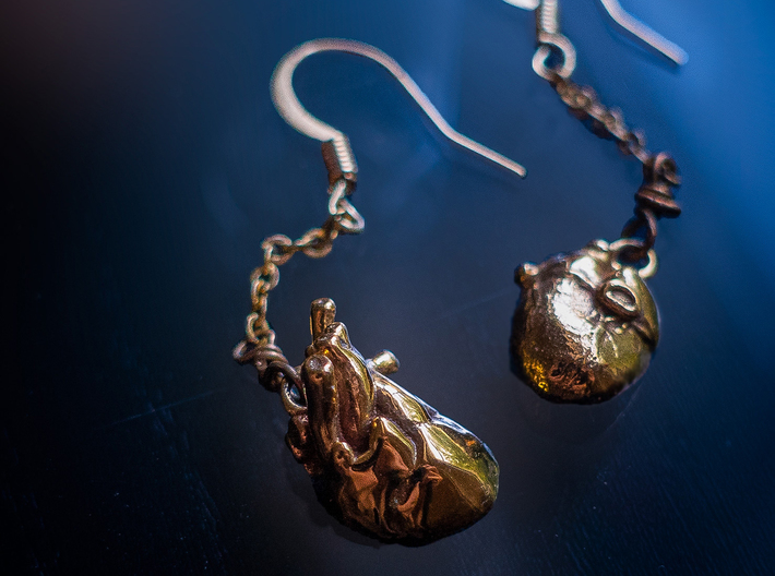 """Elizabeth Earrings"" Anatomically-Accurate Heart E 3d printed"
