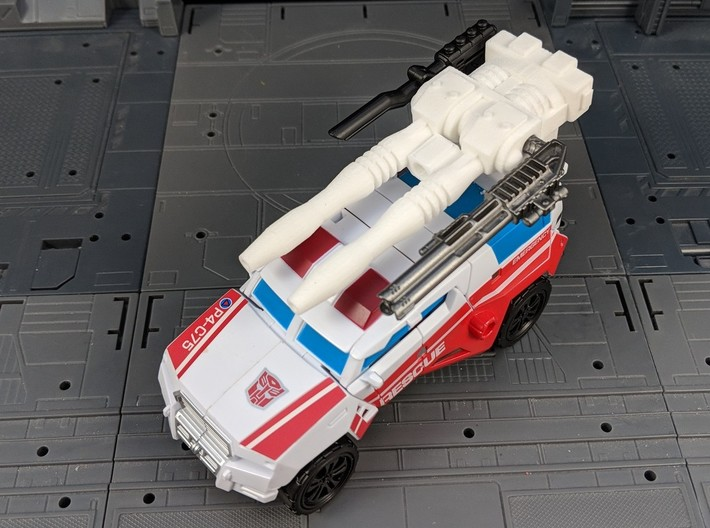 TF CW First Aid XL Car Cannon 3d printed Combined with other weapons in vehicle mode