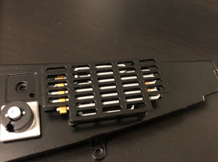 1:8 BTTF DeLorean Radiator 3d printed Picture of the painted radiator with the top grille on