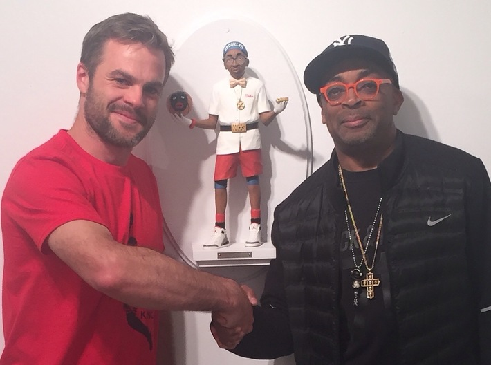 The Spike 3d printed Shaking hands with the man himself & the original 18-inch sculpture I carved. Your mini 3D-print was scanned & based off this original sculpture..