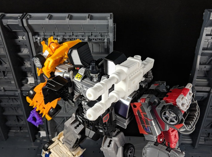 TF CW Stunticon Car Cannon Adapter 3d printed Combined with a Car Cannon for Combiner Mode Shoulder Cannon