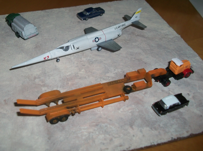 019A Trailer for X-3 Stiletto 3d printed Trailer used to transport the X-3 Stiletto. Plane, trucks and cars are not included.