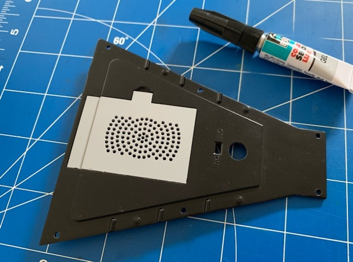 1:8 BTTF DeLorean Replacement Battery Cover 3d printed Replacement cover in the fuel tank bottom plate, glued into place