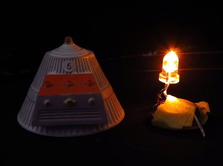 SPACE 2999 1/93 SILO CAPS 3d printed Silo Cap with the led used to light it -not included-.