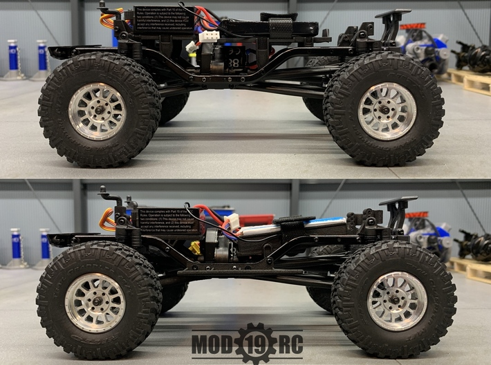 SCX24 Super Low CG Battery Tray + Shock Towers 3d printed Stock (Top) vs. Mod19RC (Bottom)